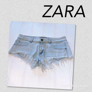 Trafaluc ZARA short frayed shorts